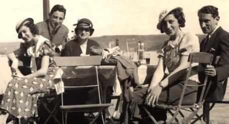 Oslo 1940. F.v: Esther, Carl og Sara Scheer, Amalie og Håkon Laksov
